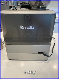 Breville BES870XL The Barista Express Espresso Machine Black/Silver