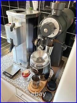 DITTING KF902 coffee bean grinder with 90mm SSP red speed burr (like an EK43)