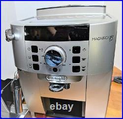 Delonghi Magnifica XS Automatic Coffee Espresso Grinder Latte Silver/Black