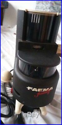 Faema-family-kaffeemühle-Burr-grinder-macina-espresso-mahlwerk-cafe-gaggia-tampe