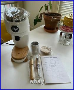 Niche Zero in White Coffee Espresso Conical Burr Grinder US Model Pure 120V